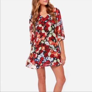 Lulu's floral 3/4 sleeves chiffon shift mini dress